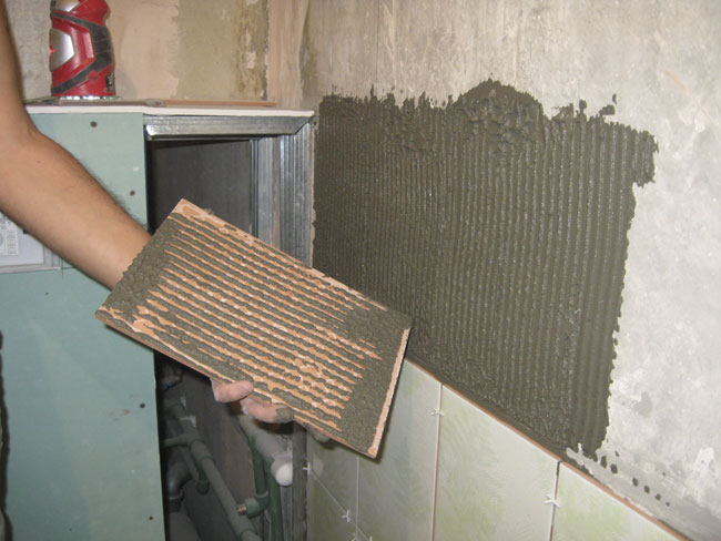 Укладка плитки на стены