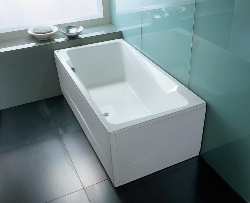 Белая акриловая ванна