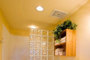 Пример использования потолочного бесшумного вентилятора