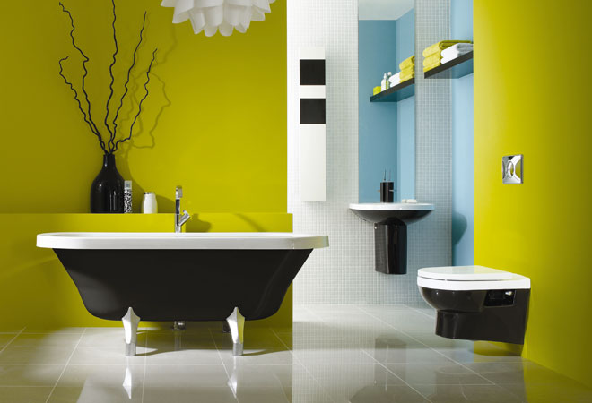 Контрастность в оформлении ванной комнаты