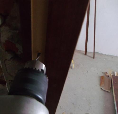 двери в ванную комнату установка