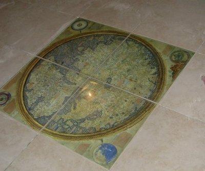 Фотоплитка на полу