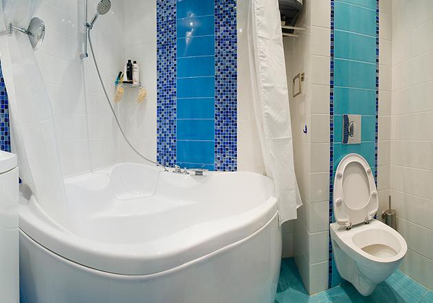 Интересным дополнением к перепланировке станет угловая ванна