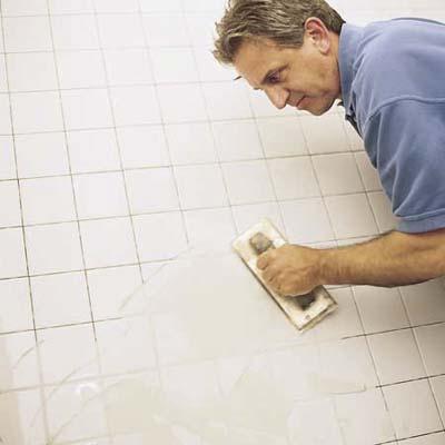 Затирка плиточных швов в ванной комнате