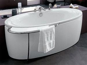 Пример установленной акриловой ванны