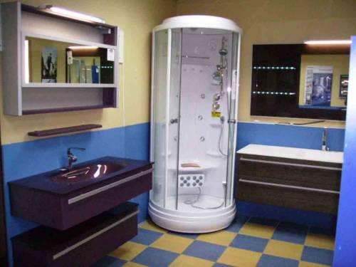 Компьютерный дизайн ванной с гидробоксом