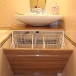 тумба для ванной с корзиной для белья