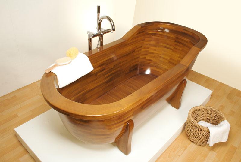 Ванна из дерева требовательна к уходу