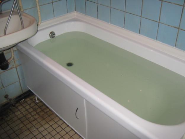 вставка акриловая в ванну