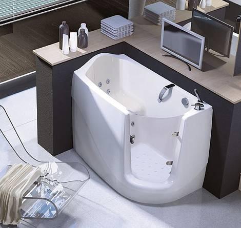 Акриловая ванна сидячая с дверцей и гидромассажем