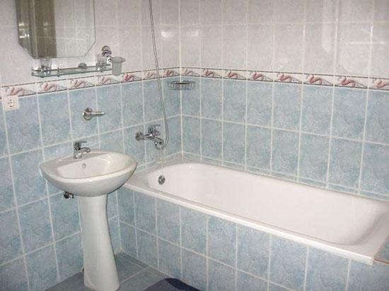 чем закрыть ванну