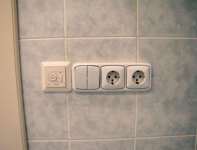 расположение розеток и выключателя в ванной