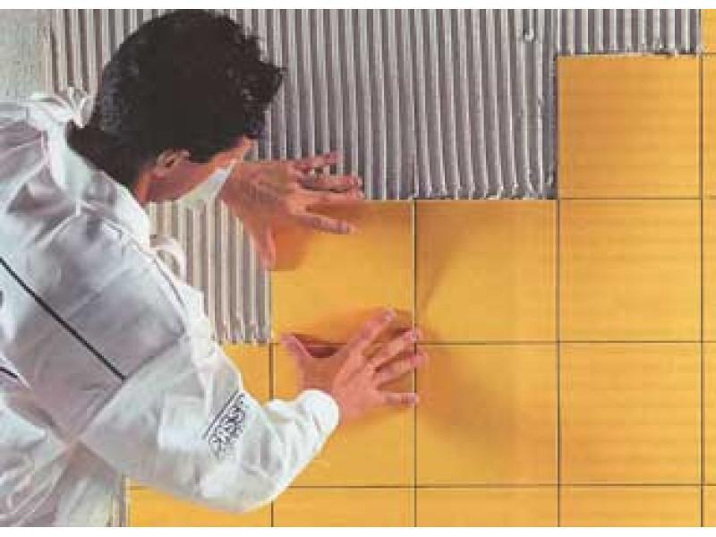 Ремонт своими руками в ванной: видео об укладке плитки научит вас нюансам в этом непростом деле