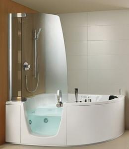 Душевая кабина с ванной: два в одном