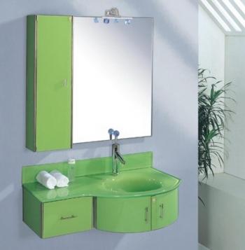 Стеклянная мебель для ванной в качестве дополнения