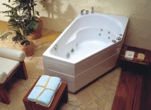 Ванна ассиметричная с гидромассажем