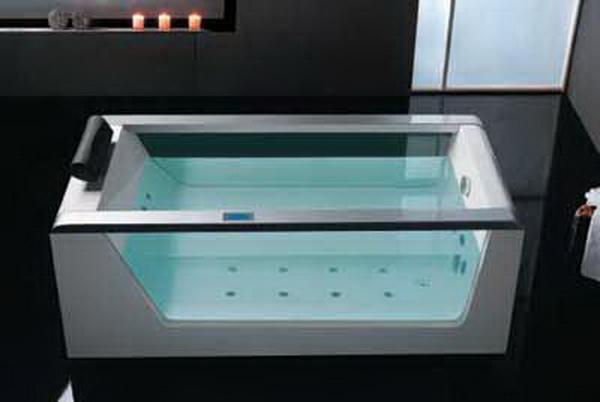 Ванная со стеклянными бортами