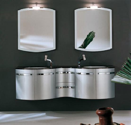 Металлические шкафчики – отличное решение для стиля хай тек: ванная комната выглядит очень эффектно