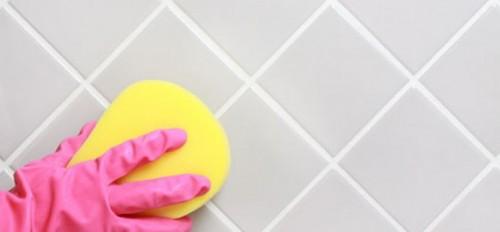 как почистить плитку в ванной