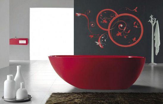Наклейка монохромная очень украшает комнату - элегантная ванная