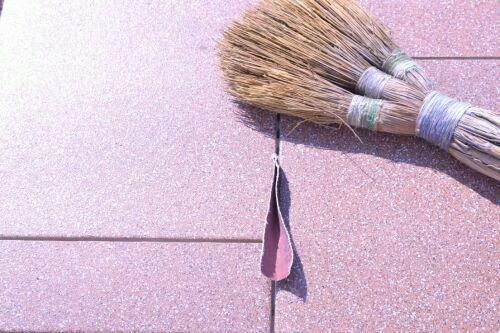 Очистка швов от грязи