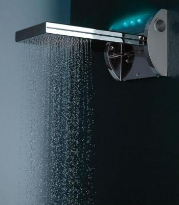 Ванная комната: хайтек стиль однозначно дополнит хромированное покрытие смесителей и аксессуаров