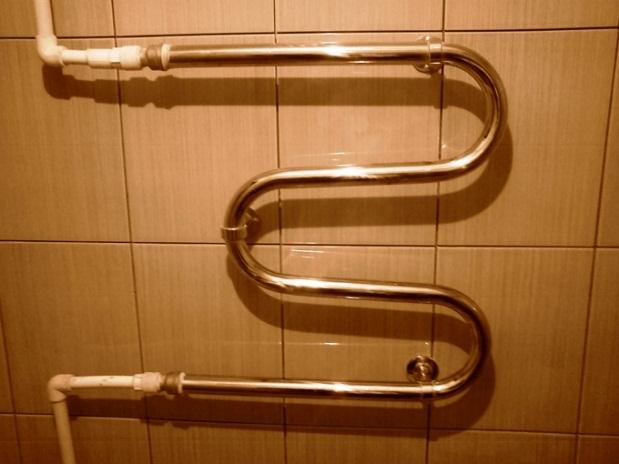 как подключить водяной полотенцесушитель