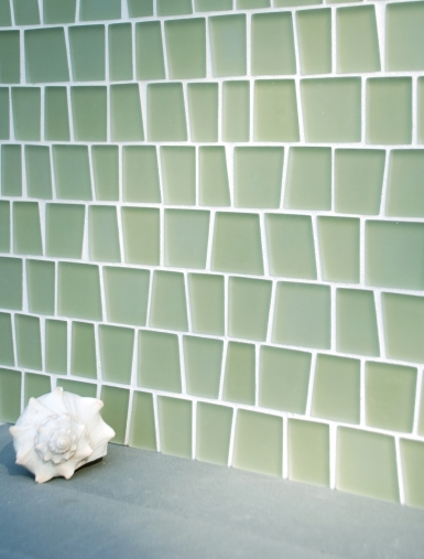 Оригинальное решение для отделки стен ванной плиткой