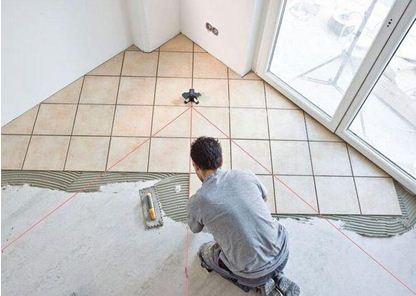 Во время укладки плитки на пол вы столкнетесь с различными выступами и нишами – это значительно усложняет процесс расчета.