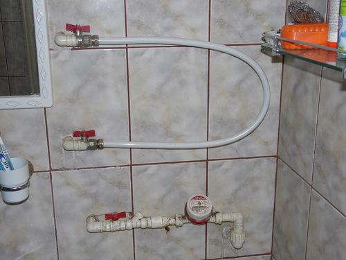 Замена полотенцесушителя металлопластом