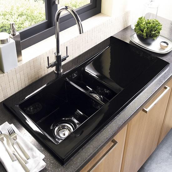 А какой бы вы хотели видеть новую раковину на своей кухне?