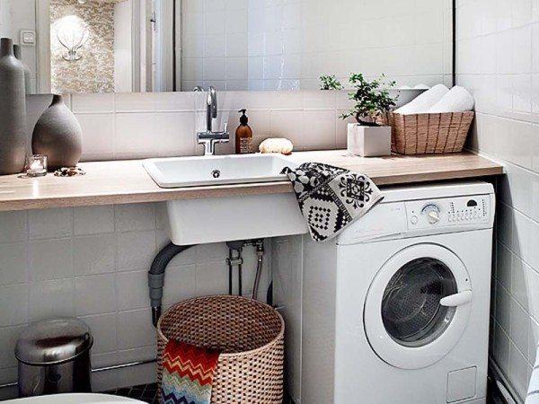 Еще вариант совмещения раковины со стиральной машиной