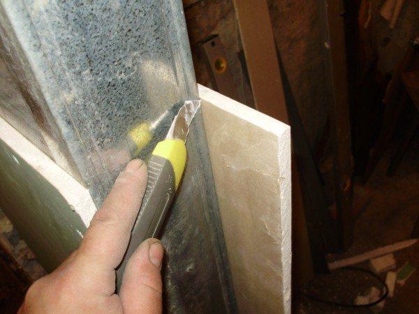 Если опыт позволяет, при монтаже можно обойтись без применения ножовки