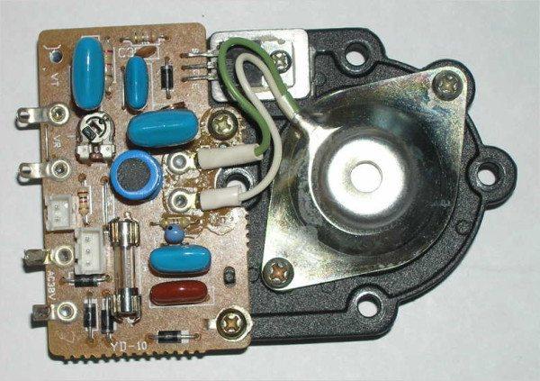 Готовый генератор с излучателем в сборе – есть в бытовых увлажнителях воздуха