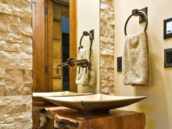 Кольца под медь отлично вписываются в интерьер с отделкой натуральным деревом, камнем
