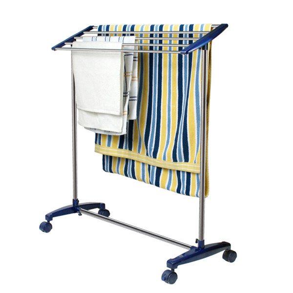 Модели на колесиках позволят с легкостью менять местоположение сушилки для полотенец