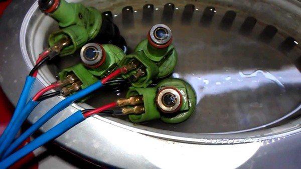 Результат чистки, если ультразвуковая ванна для промывки форсунок работает на дистиллированной воде
