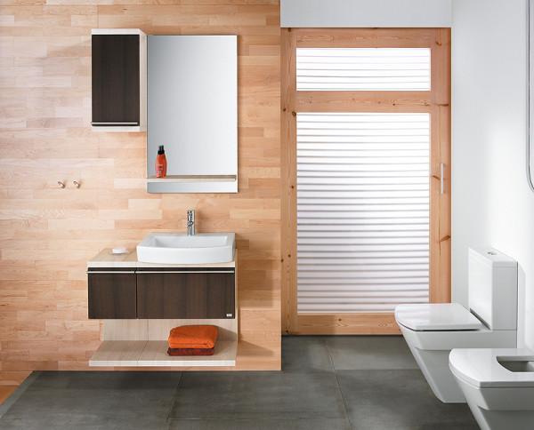 В эко-стиле дерево выступает популярным материалом для отделки стен и потолка