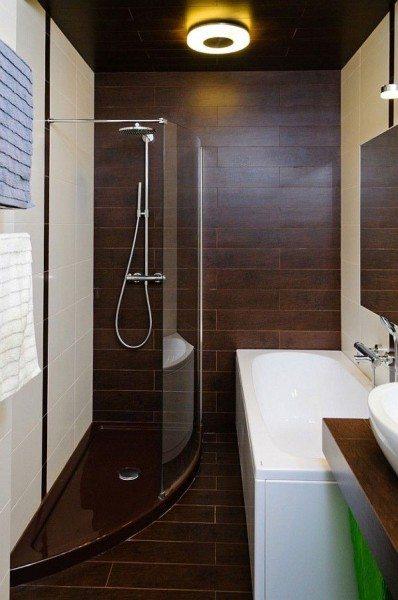Выбрав установку в угол, вы сможете вместить в небольшой ванной и кабинку, и купель