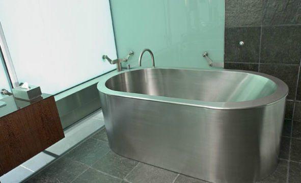 Выбираем стальную ванну.